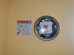 Defibrillator im Schulungsgebäude der Schornsteinfegerinnung Kassel